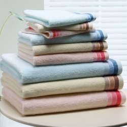 100% Cotton Solid Color Bath Towel With Jacquard Dobby Border